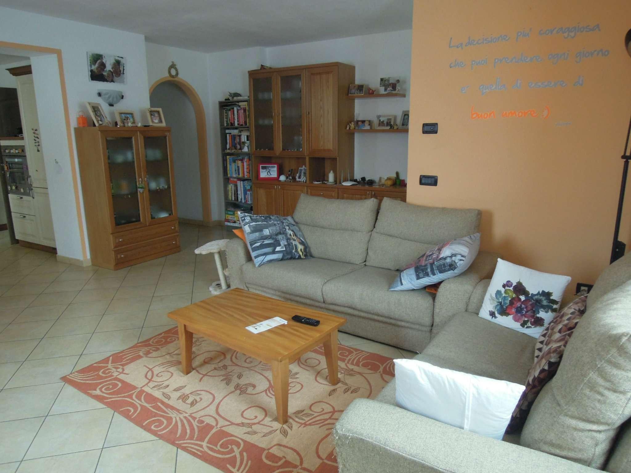 Appartamento ristrutturato arredato in vendita Rif. 5107988
