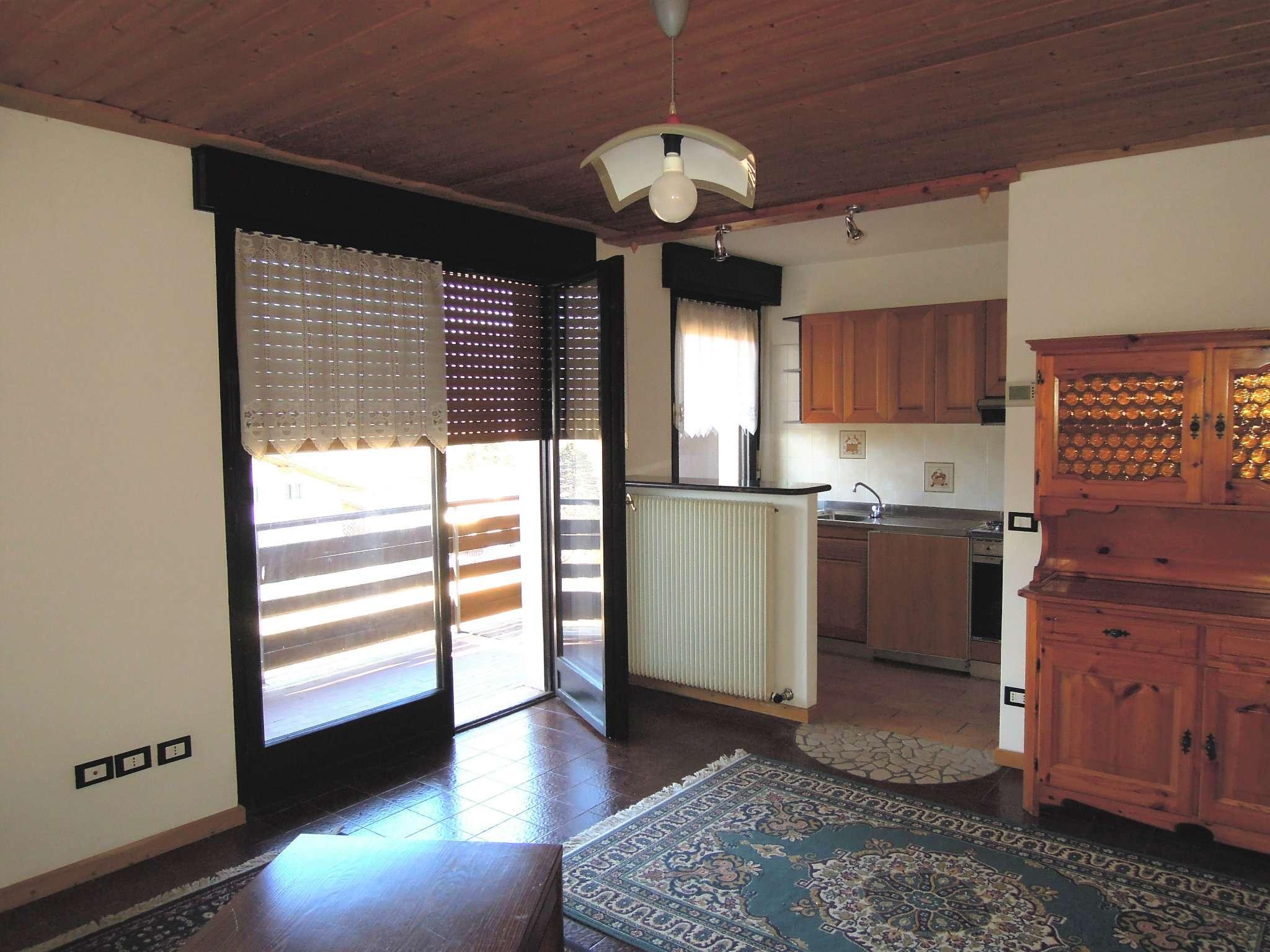 Appartamento ristrutturato arredato in vendita Rif. 5107990