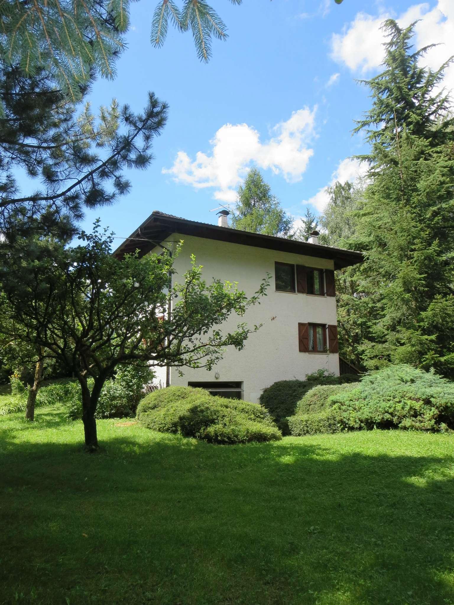 Villa in vendita a Castelfondo, 7 locali, Trattative riservate   CambioCasa.it