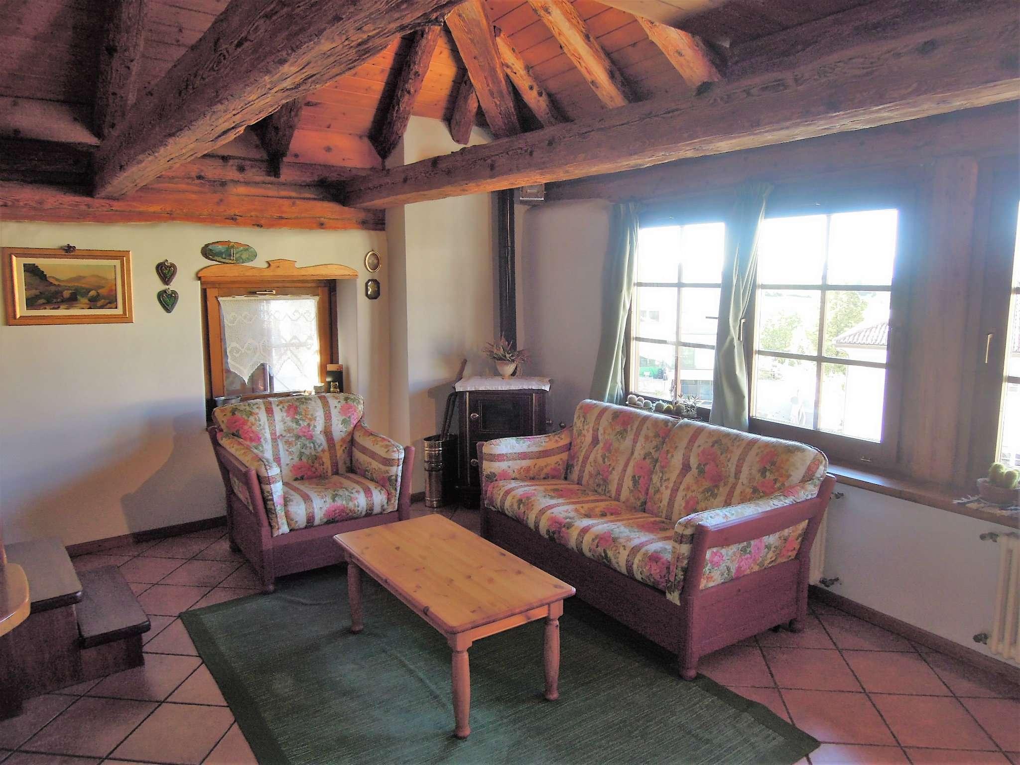 Appartamento in buone condizioni arredato in vendita Rif. 7583750