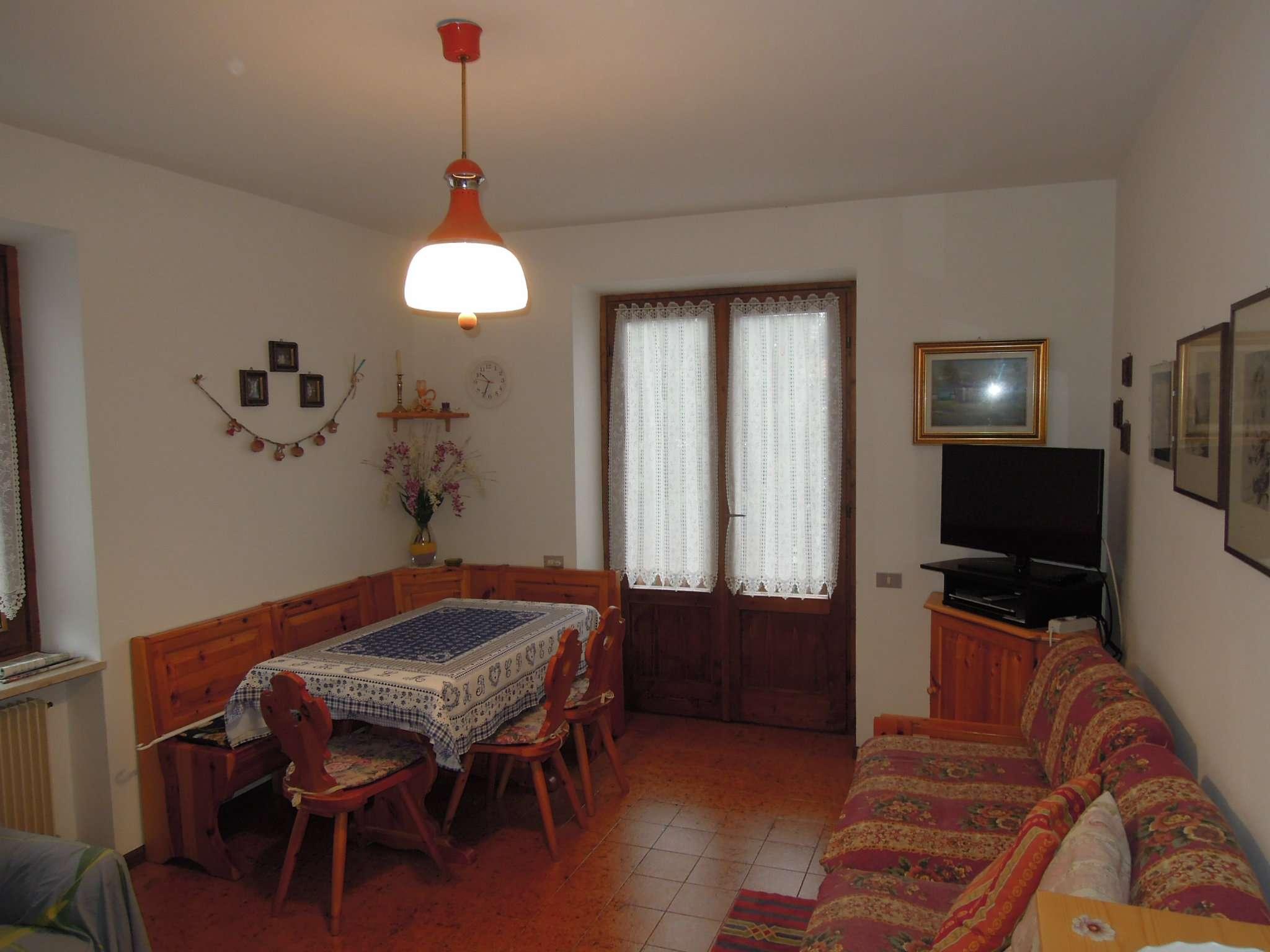 Appartamento arredato in vendita Rif. 7736264