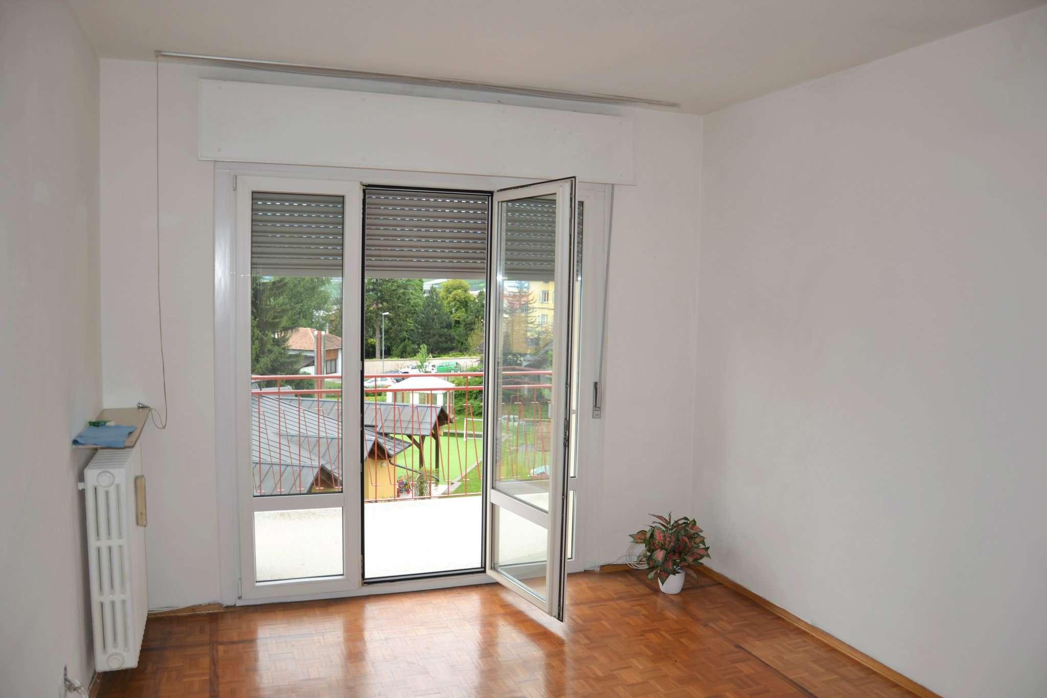 Appartamento in buone condizioni in vendita Rif. 9226914