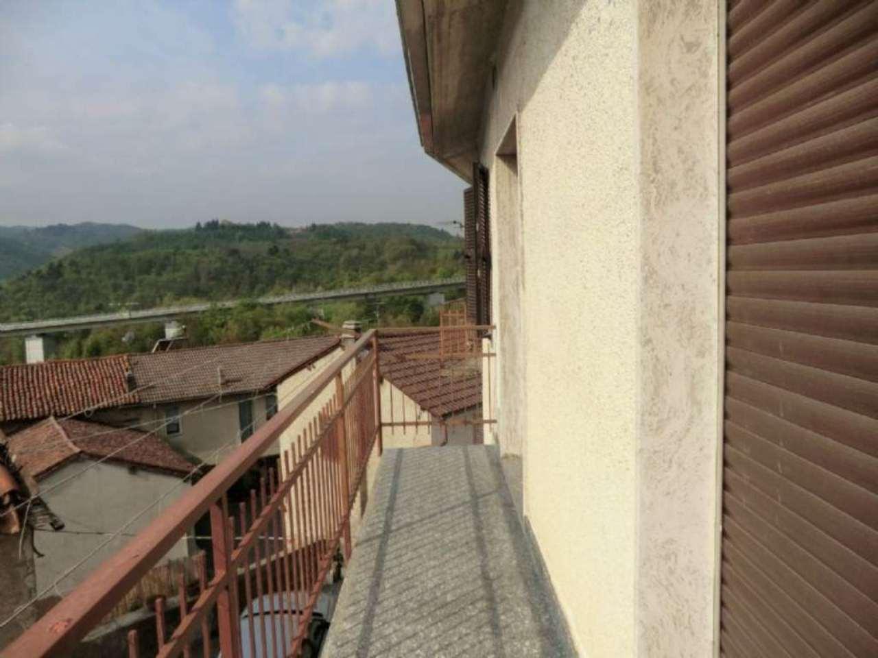 Soluzione Indipendente in vendita a Roccavignale, 7 locali, prezzo € 105.000   PortaleAgenzieImmobiliari.it