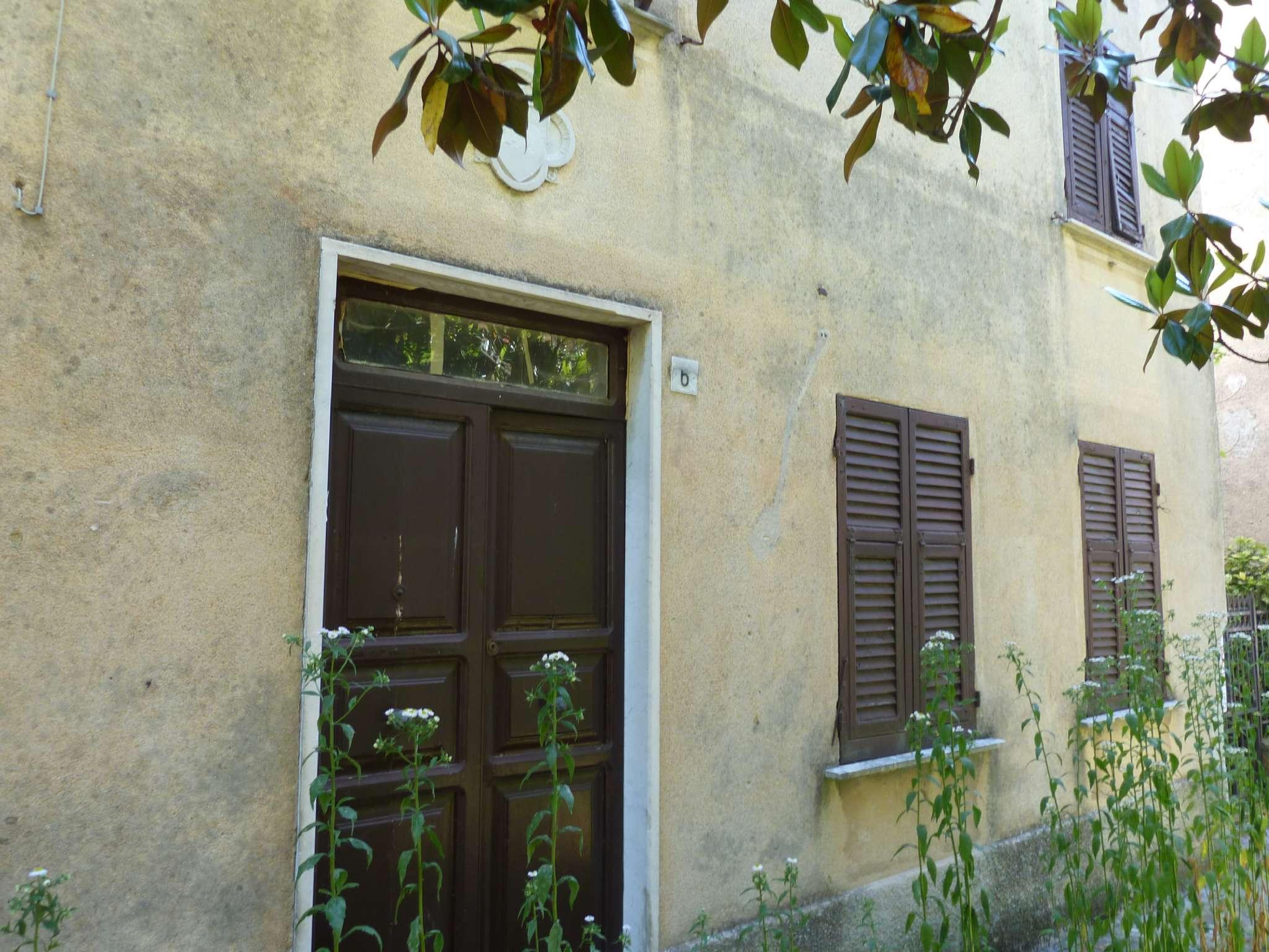 Appartamento in vendita a Montoggio, 14 locali, prezzo € 70.000 | PortaleAgenzieImmobiliari.it