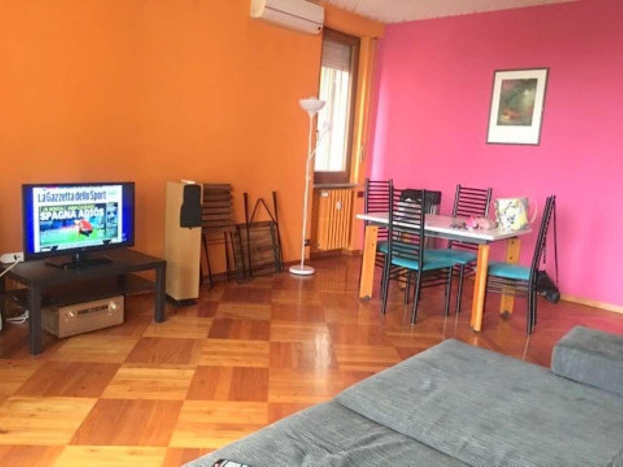 Appartamento in ottime condizioni arredato in affitto Rif. 7933278