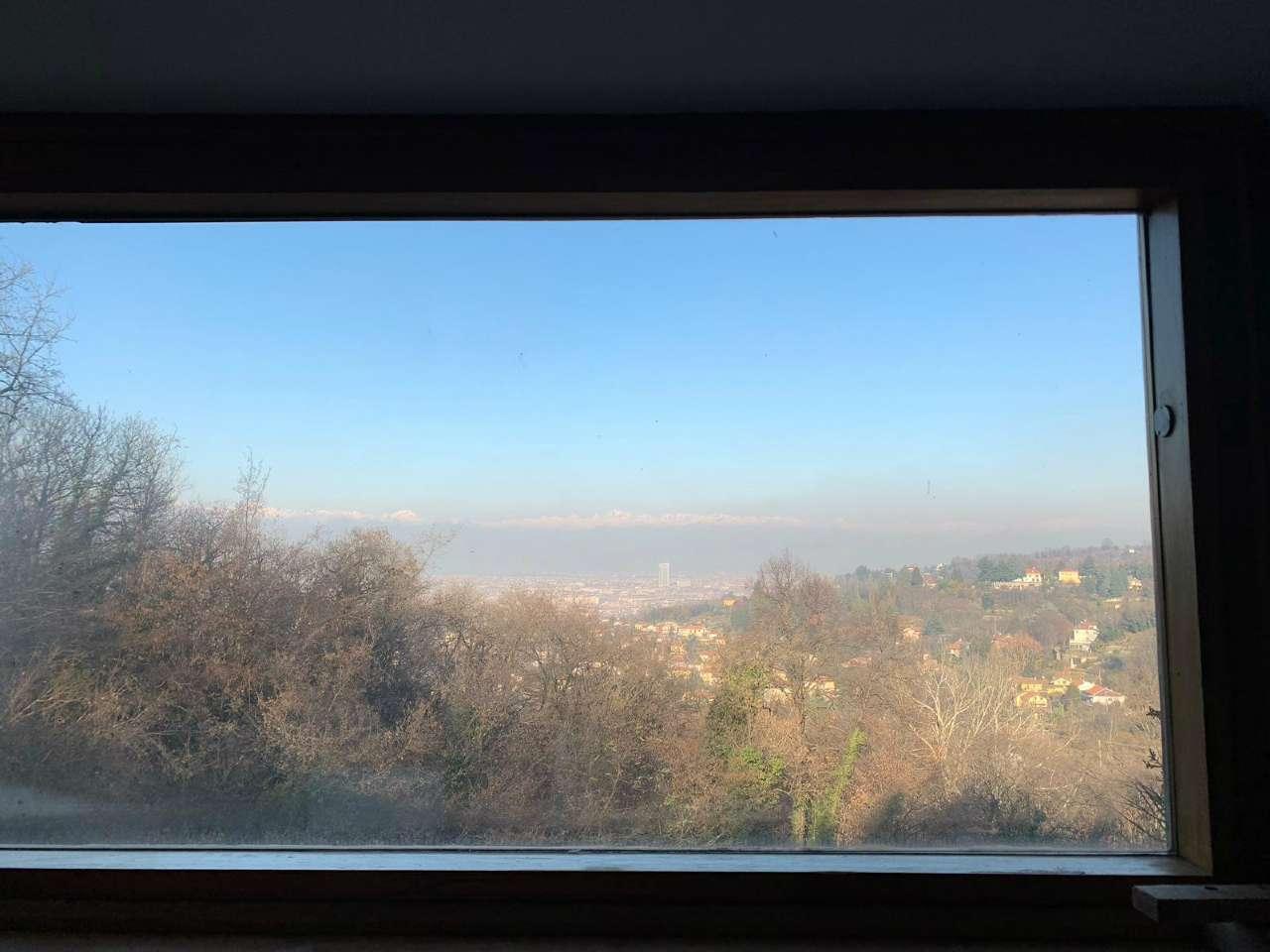 Panoramico appartamento con giardino privato, 10 minuti dal centro di Torino