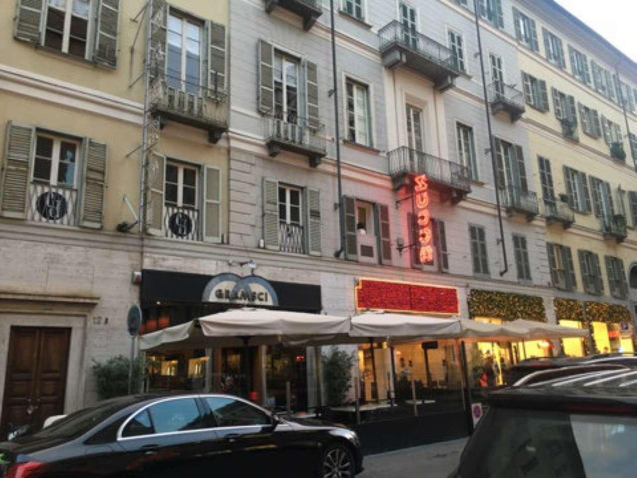 Appartamento in affitto Zona Centro - via DELLA ROCCA Torino
