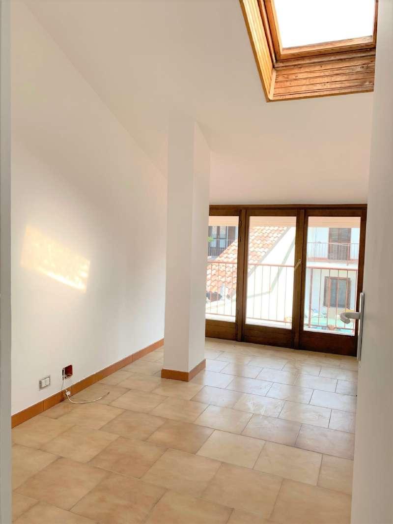Appartamento in affitto a Santena, 4 locali, prezzo € 700 | PortaleAgenzieImmobiliari.it