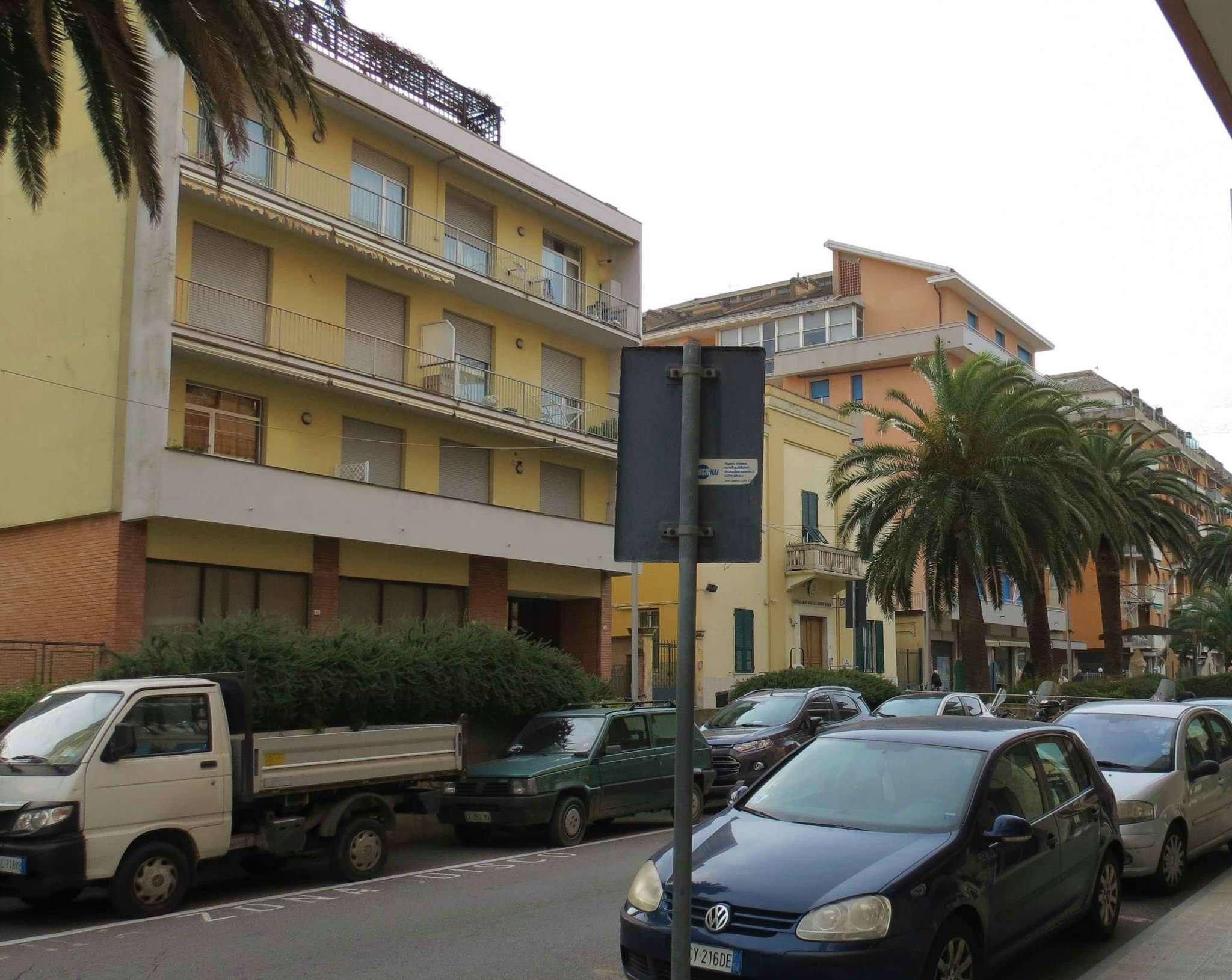 Ufficio / Studio in vendita a Lavagna, 9 locali, Trattative riservate | PortaleAgenzieImmobiliari.it