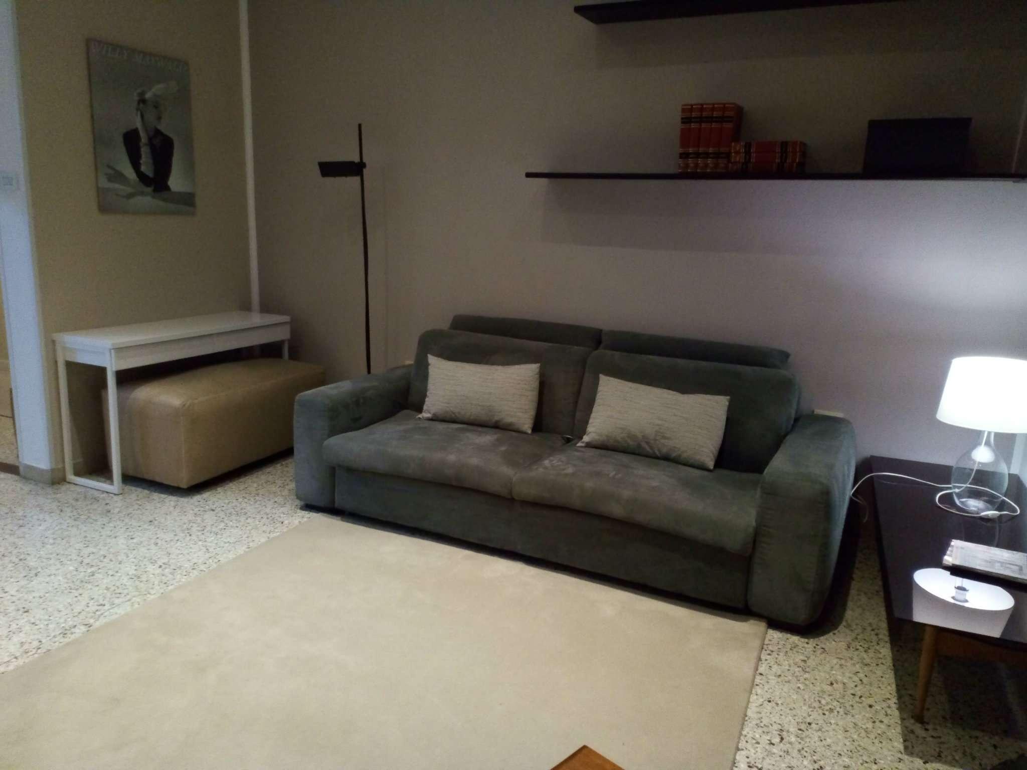 Appartamento in ottime condizioni arredato in affitto Rif. 9259957