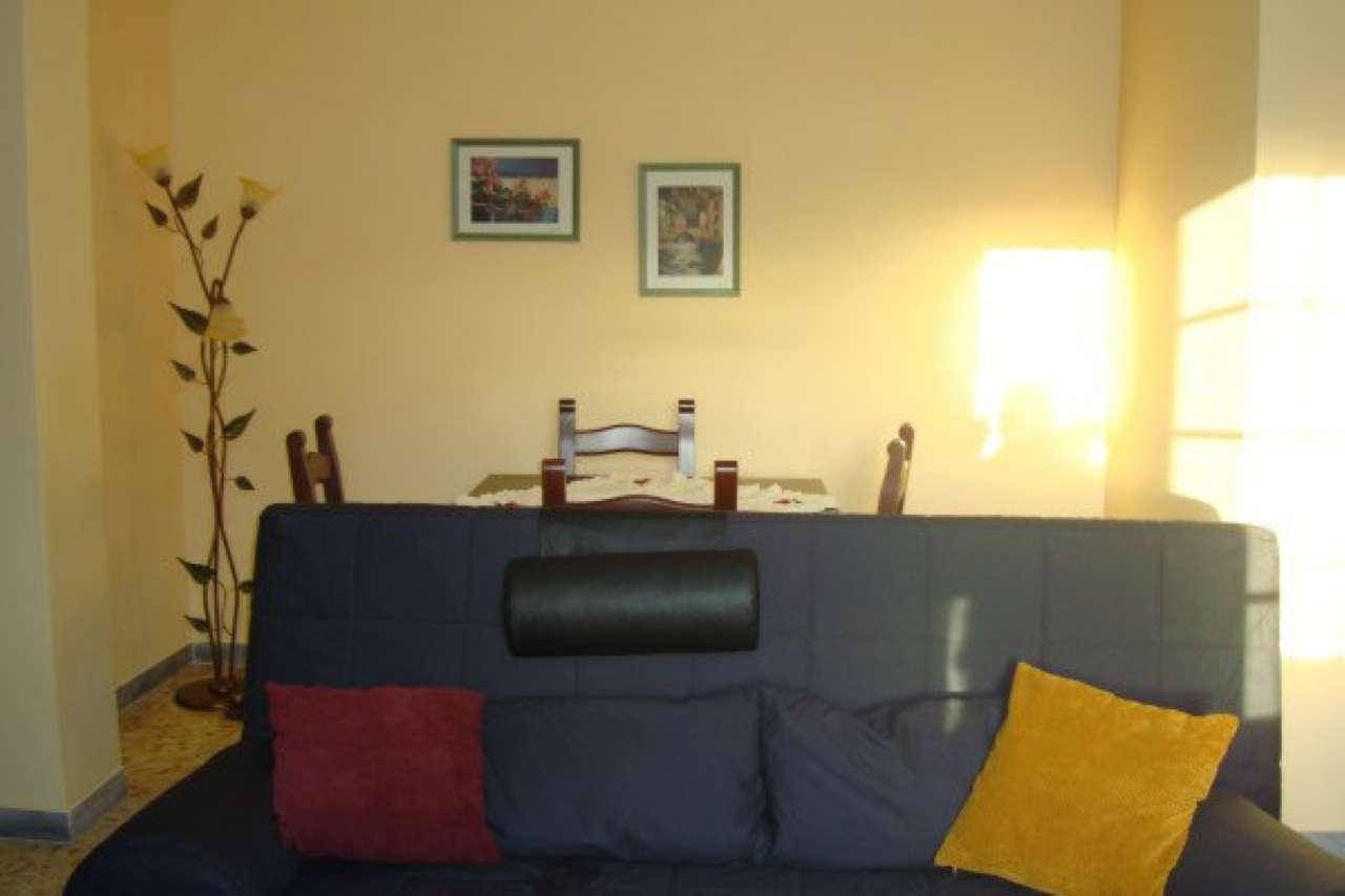 Appartamento in buone condizioni in affitto Rif. 7349262