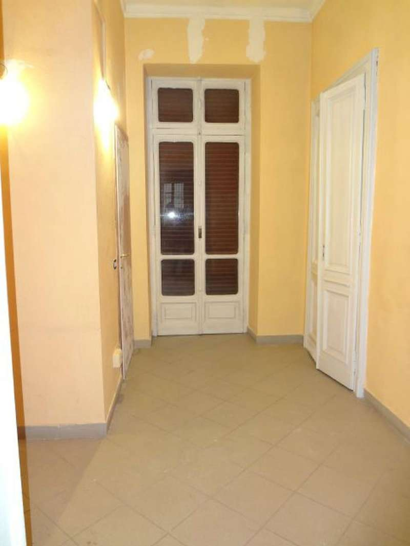 ufficio ristrutturato € 390,00-Aurora Rif. 8577553