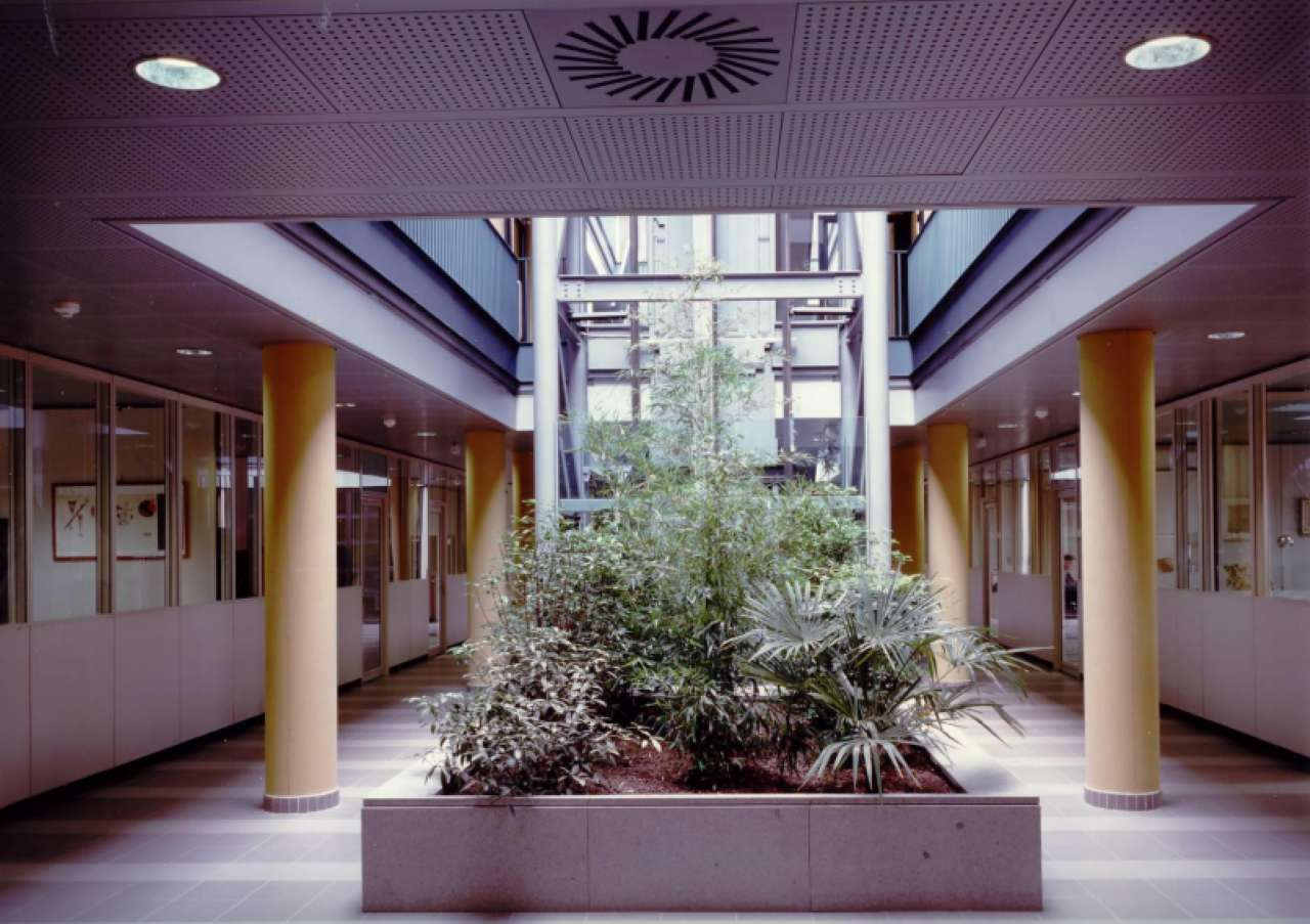 Ufficio / Studio in vendita a Grugliasco, 9999 locali, prezzo € 2.750.000 | CambioCasa.it