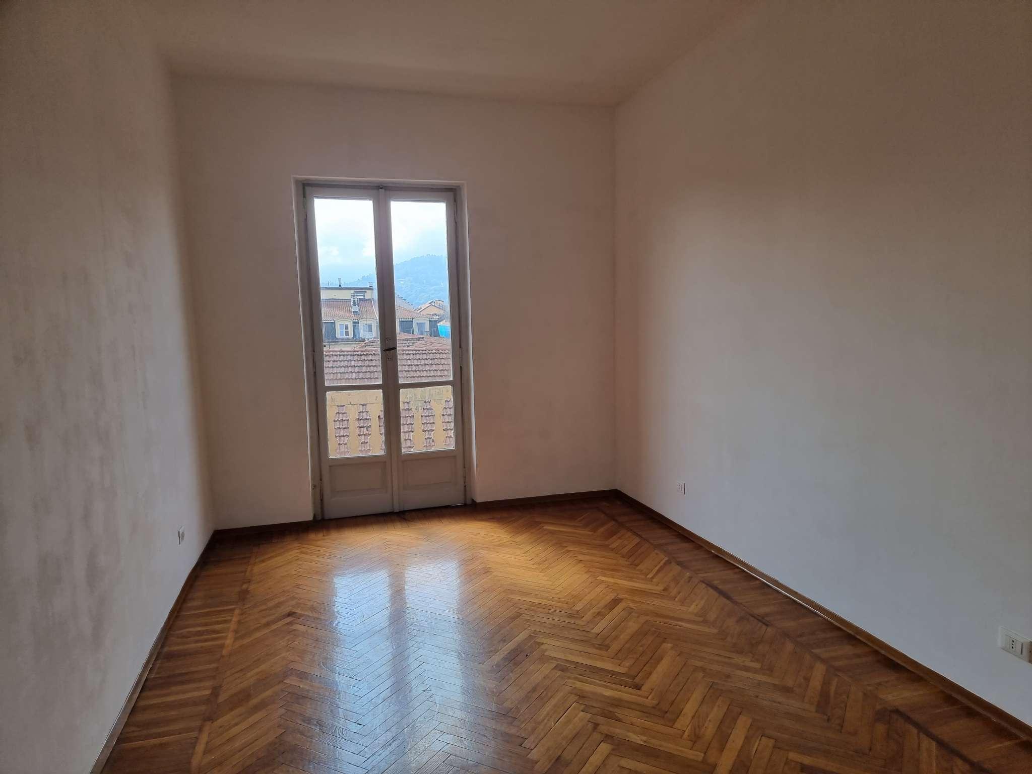 Appartamento in affitto a Torino, 4 locali, zona San Secondo, Crocetta, prezzo € 750 | PortaleAgenzieImmobiliari.it