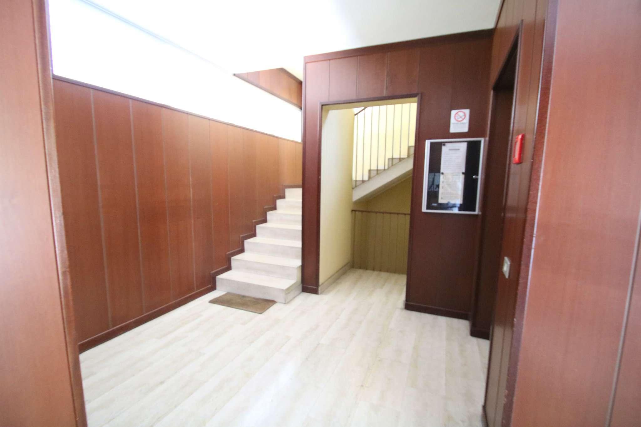 Appartamento in buone condizioni in vendita Rif. 7933299