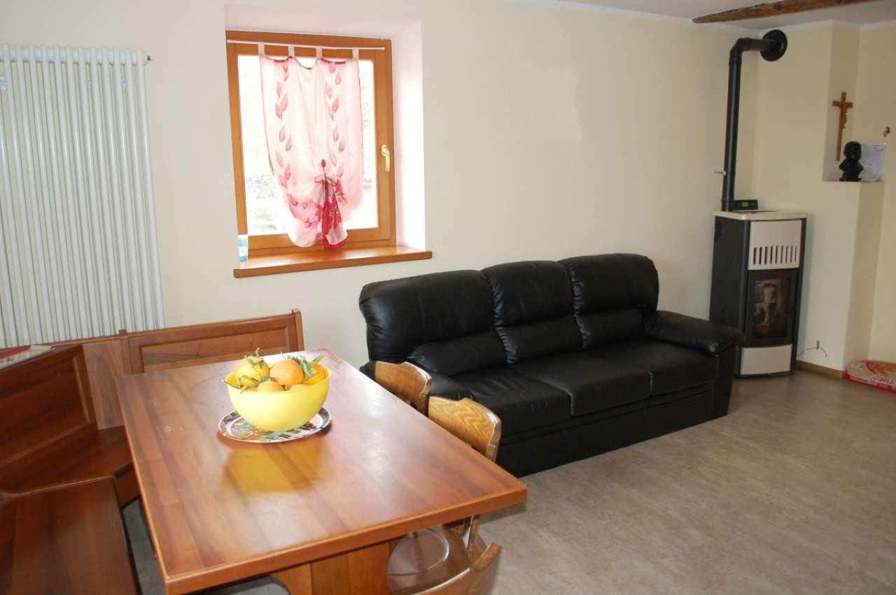 Appartamento in vendita a Capriana, 3 locali, prezzo € 155.000 | CambioCasa.it
