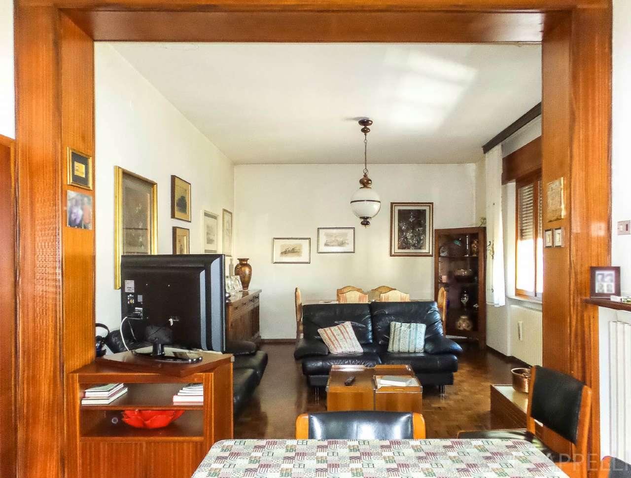 Appartamento in condizioni mediocri in vendita Rif. 6407590