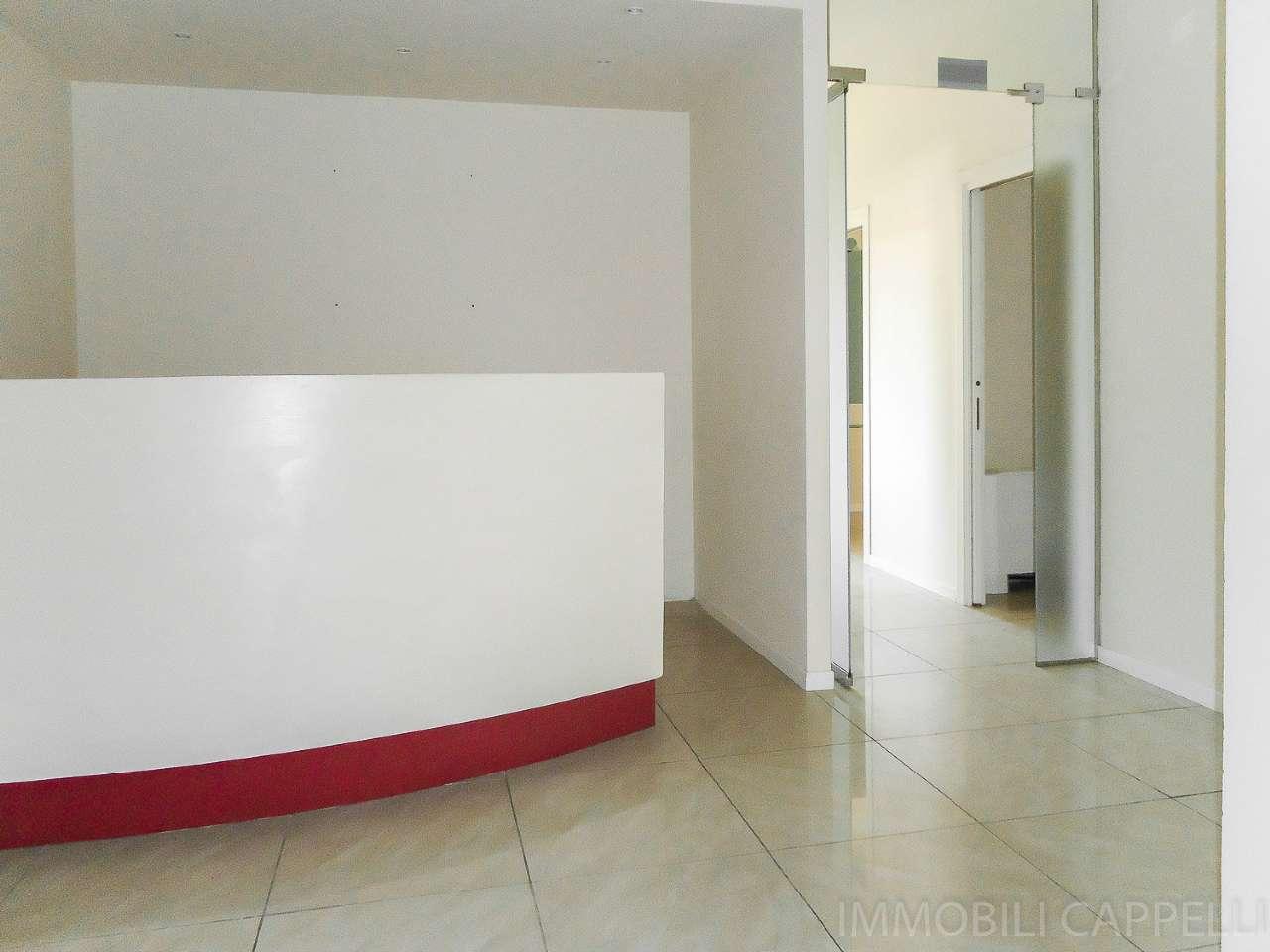 Ufficio / Studio in affitto a Cesena, 7 locali, prezzo € 900 | CambioCasa.it