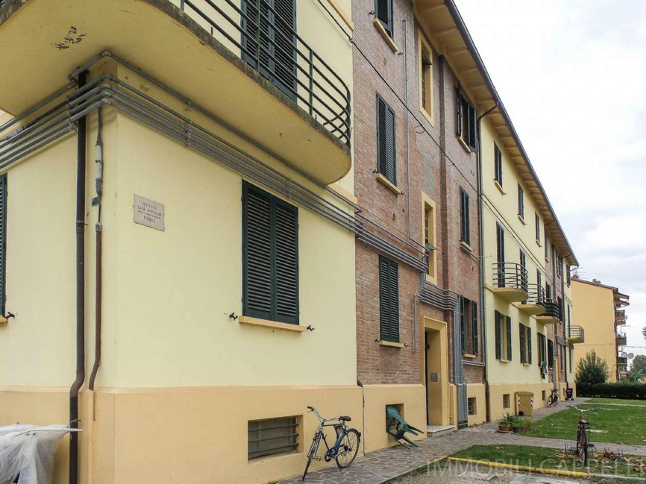 Appartamento in condizioni mediocri in vendita Rif. 8328314