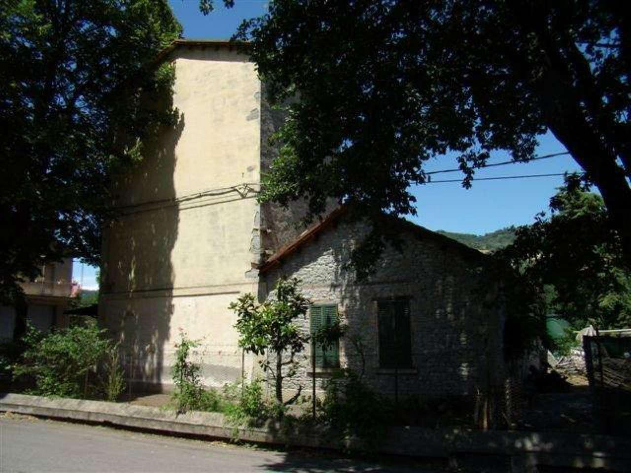Negozio / Locale in vendita a Civitella di Romagna, 9999 locali, prezzo € 250.000 | CambioCasa.it