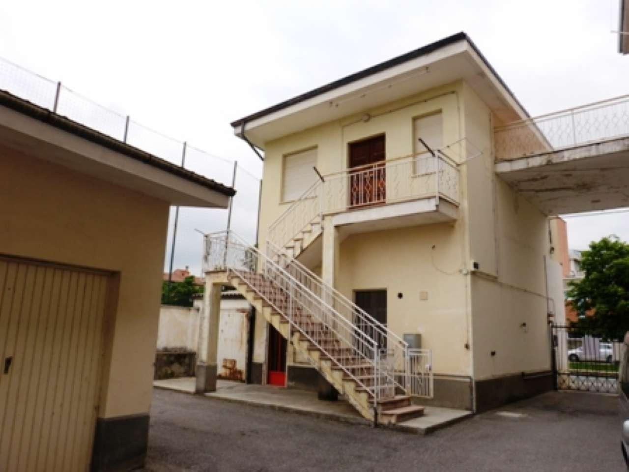 Casa Indipendente da ristrutturare in vendita Rif. 6648783