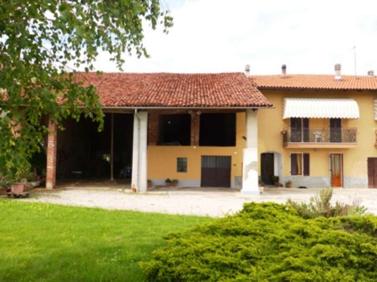 Casa Indipendente in buone condizioni in vendita Rif. 6909010