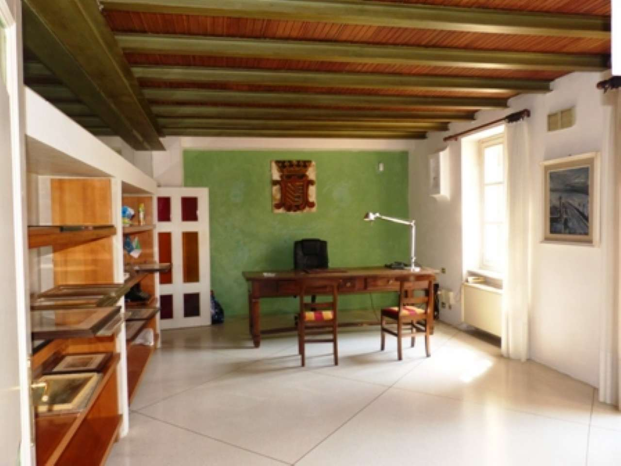 Appartamento in buone condizioni in vendita Rif. 8401268