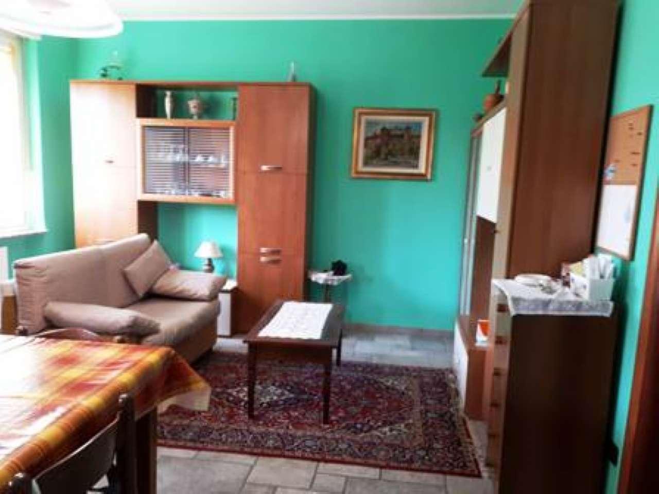 Appartamento ristrutturato parzialmente arredato in vendita Rif. 8412976