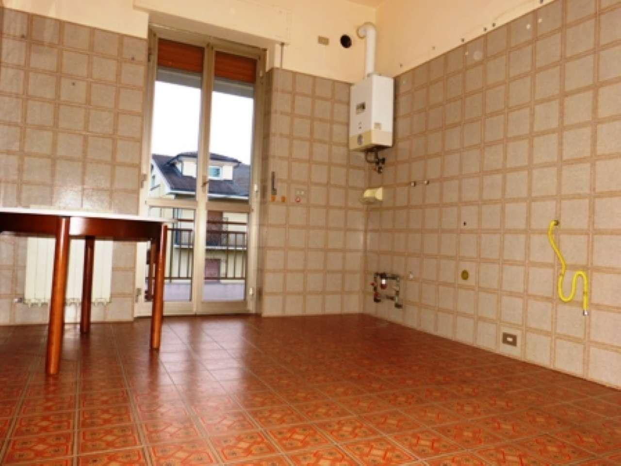 Appartamento in affitto a Fossano, 5 locali, prezzo € 500 | CambioCasa.it