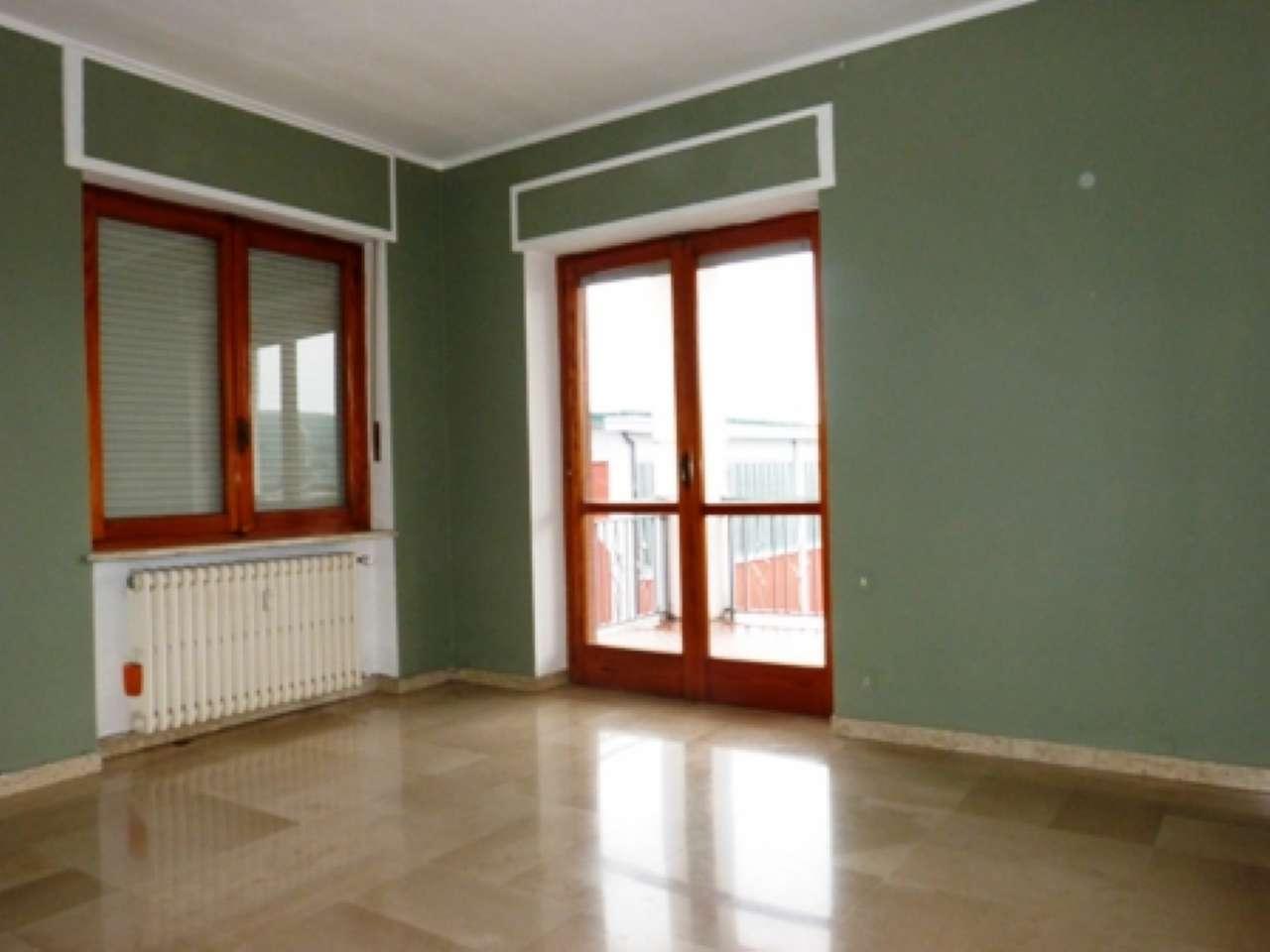 Appartamento in affitto a Fossano, 4 locali, prezzo € 350 | CambioCasa.it