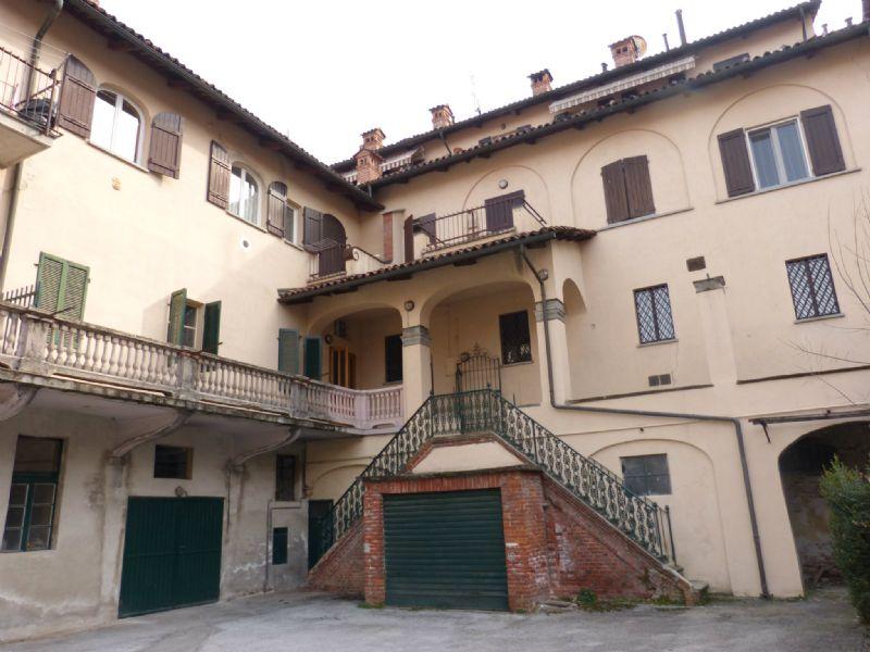 Appartamento in vendita a Fossano, 3 locali, prezzo € 90.000 | CambioCasa.it