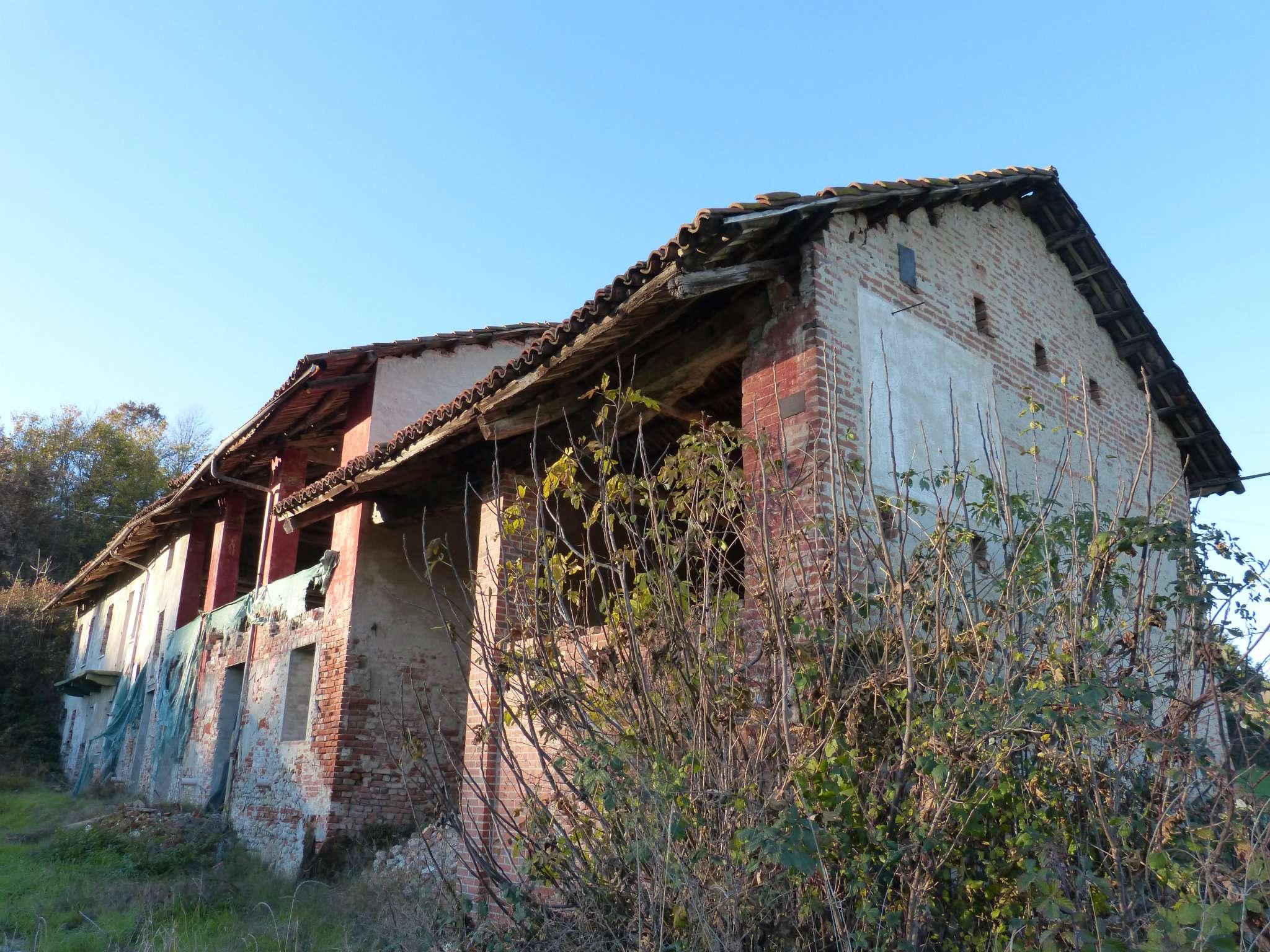 Casa Indipendente da ristrutturare in vendita Rif. 5123405