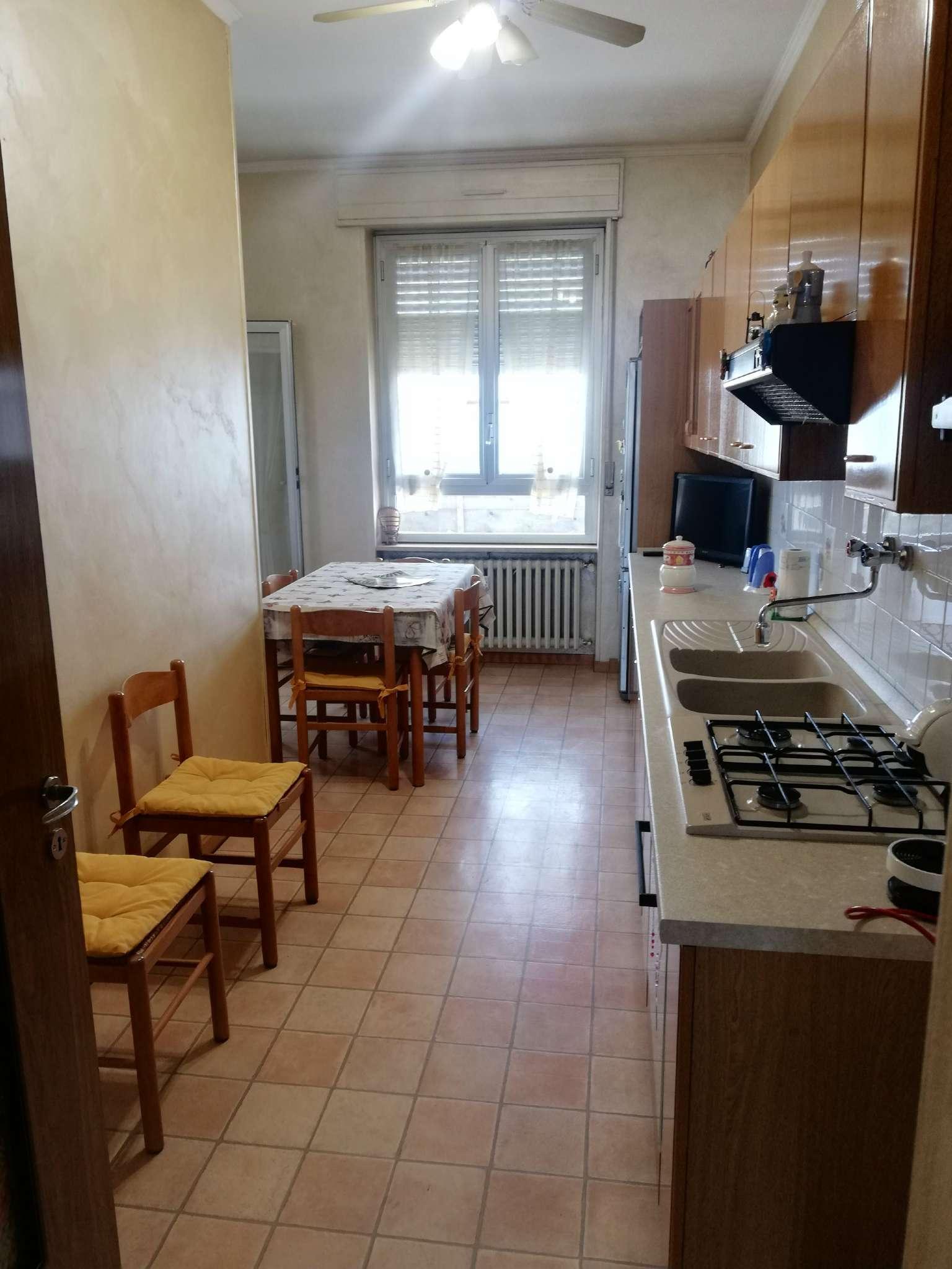 Appartamento in vendita a Beinasco, 5 locali, prezzo € 149.000 | PortaleAgenzieImmobiliari.it