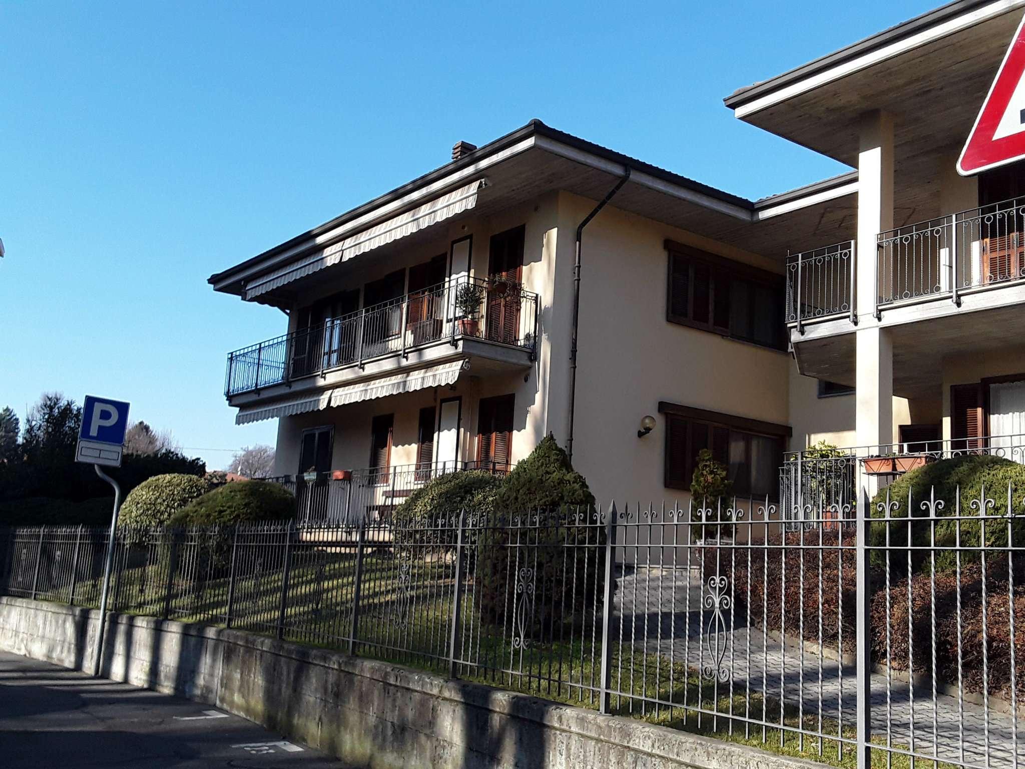 Appartamento in ottime condizioni parzialmente arredato in affitto Rif. 9364347