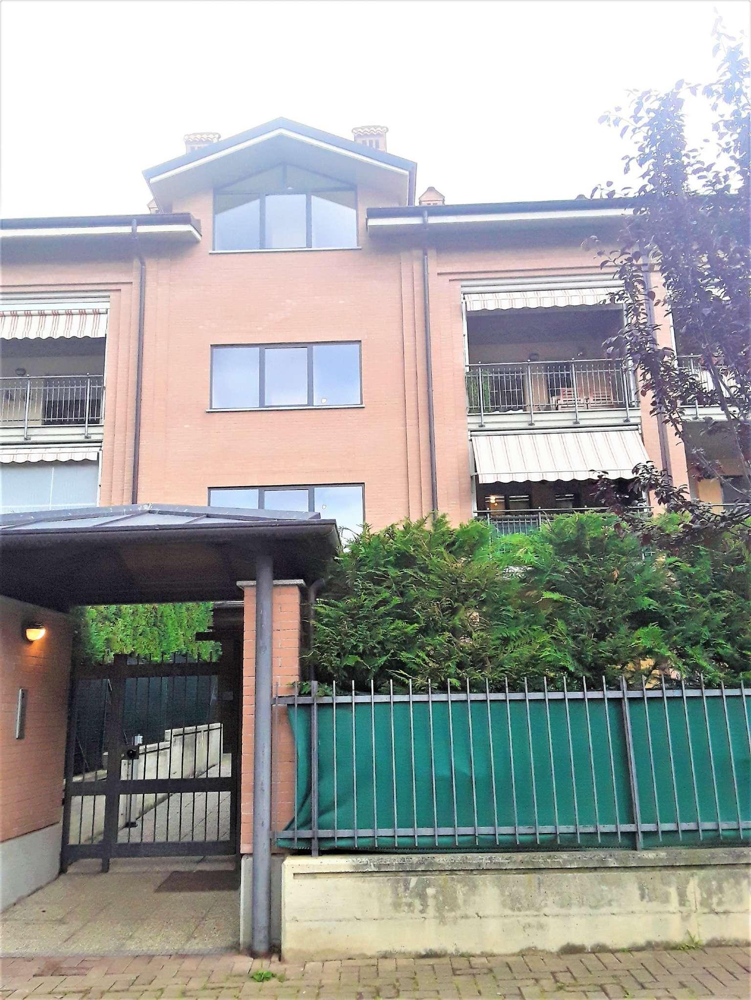Appartamento in vendita a Pianezza, 5 locali, prezzo € 295.000   CambioCasa.it