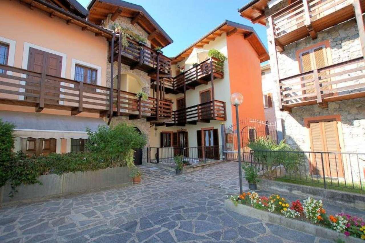 Appartamento in vendita a Meina, 3 locali, prezzo € 105.000 | PortaleAgenzieImmobiliari.it