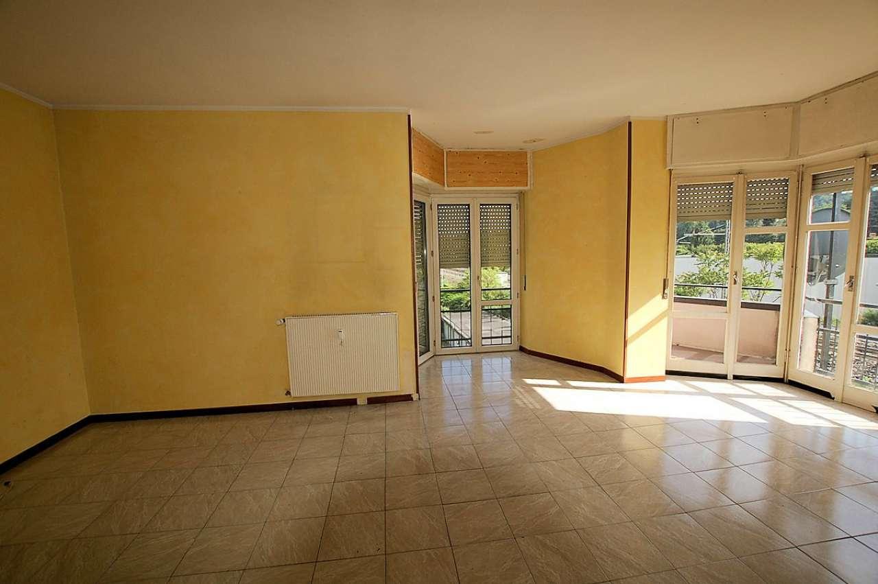 Appartamento in vendita a Dormelletto, 3 locali, prezzo € 75.000 | CambioCasa.it