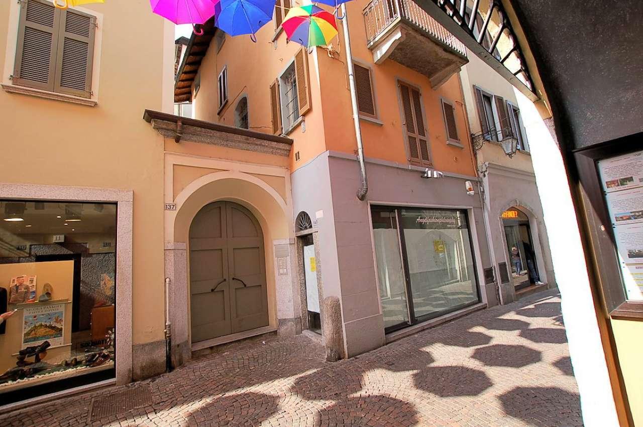 Immobile Commerciale in vendita a Arona, 10 locali, prezzo € 830.000 | CambioCasa.it