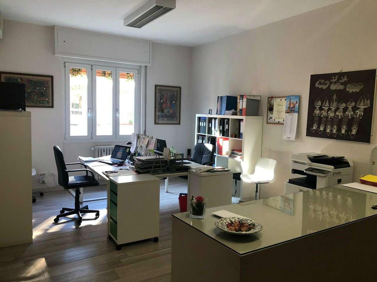 Ufficio / Studio in vendita a Arona, 2 locali, prezzo € 550 | PortaleAgenzieImmobiliari.it