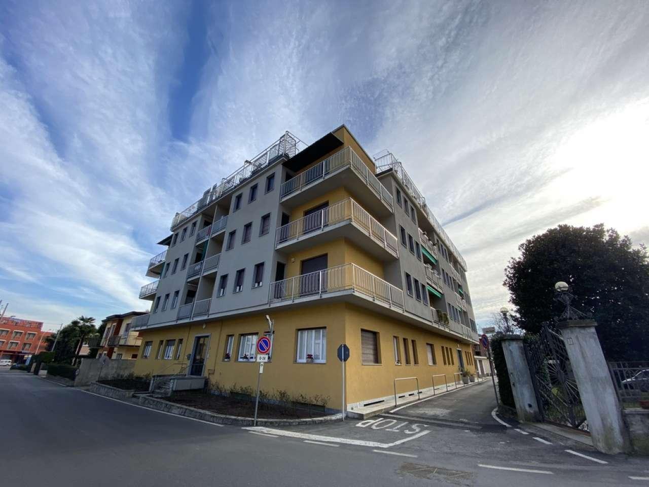 Appartamento in vendita a Lesa, 3 locali, prezzo € 110.000 | CambioCasa.it