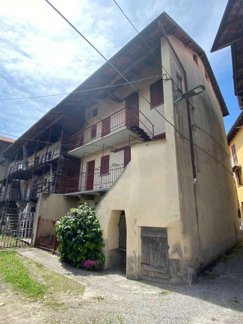 Palazzo / Stabile in vendita a Invorio, 4 locali, prezzo € 40.000 | PortaleAgenzieImmobiliari.it