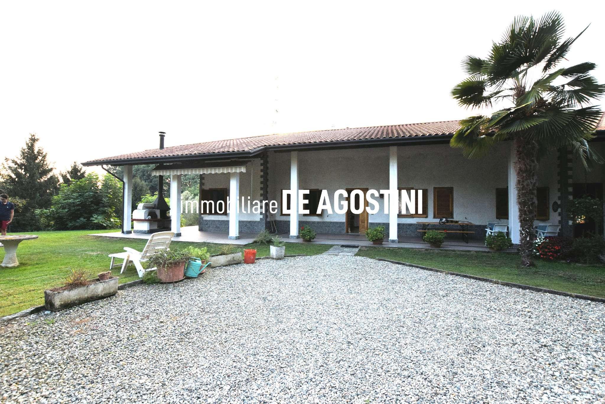 Villa Bifamiliare in vendita a Agrate Conturbia, 4 locali, prezzo € 250.000 | PortaleAgenzieImmobiliari.it