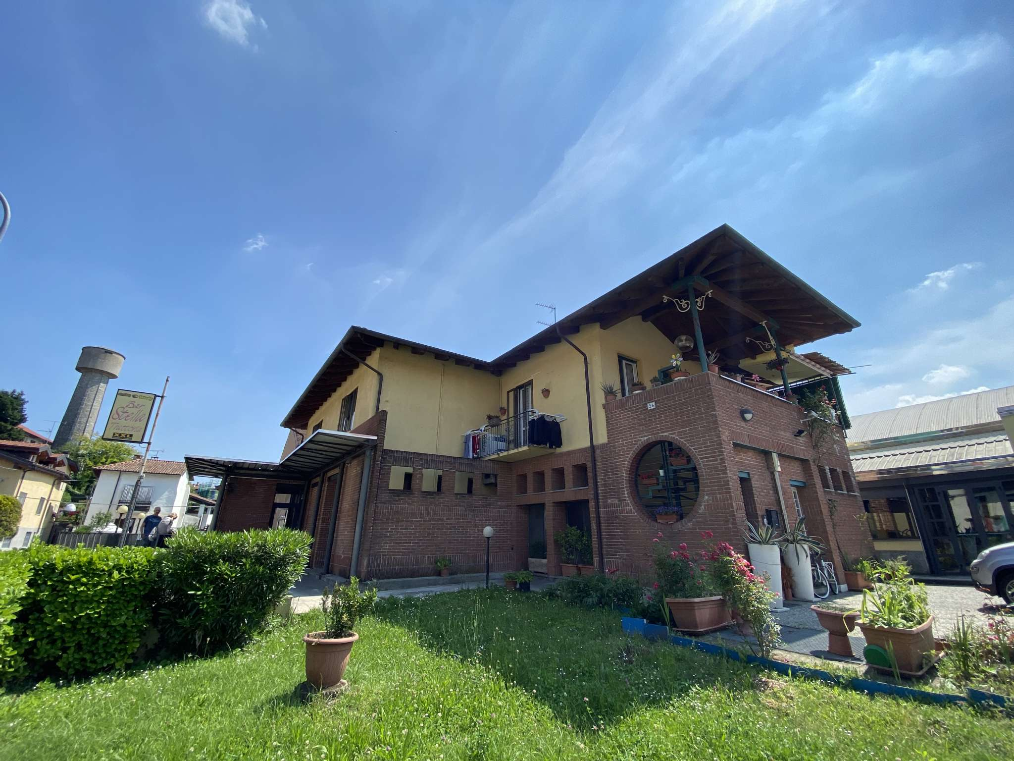 Negozio / Locale in vendita a Arona, 9999 locali, prezzo € 185.000 | CambioCasa.it