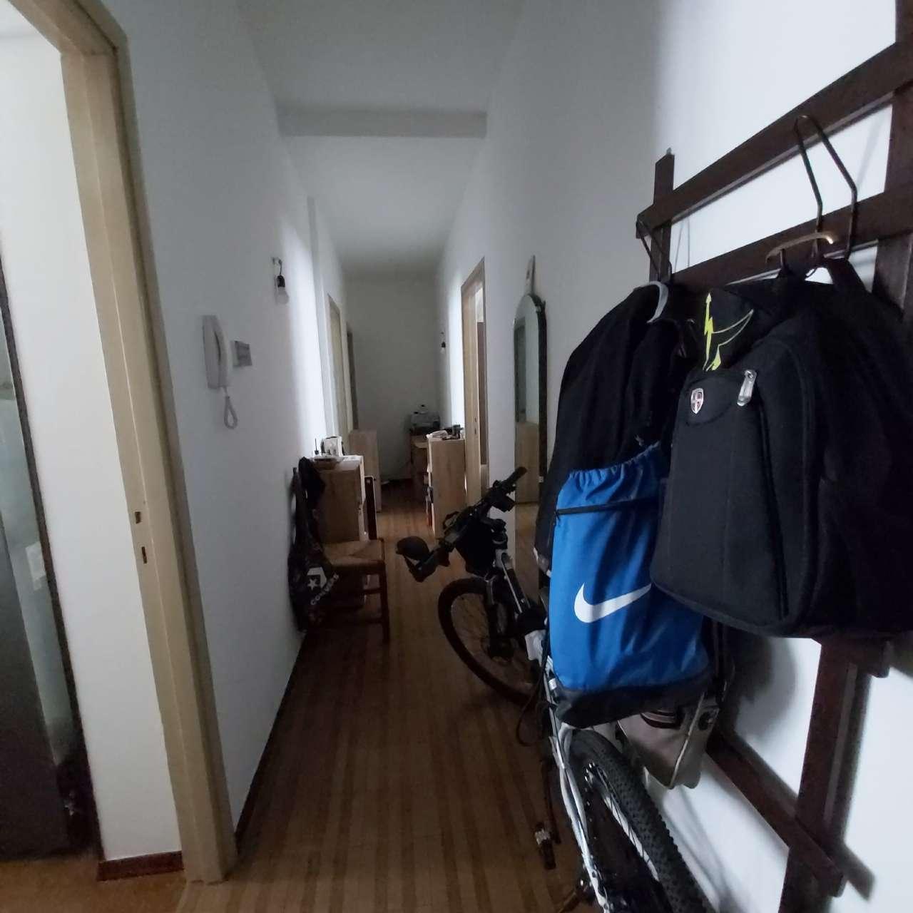 Appartamento in affitto a Arona, 2 locali, prezzo € 500 | CambioCasa.it