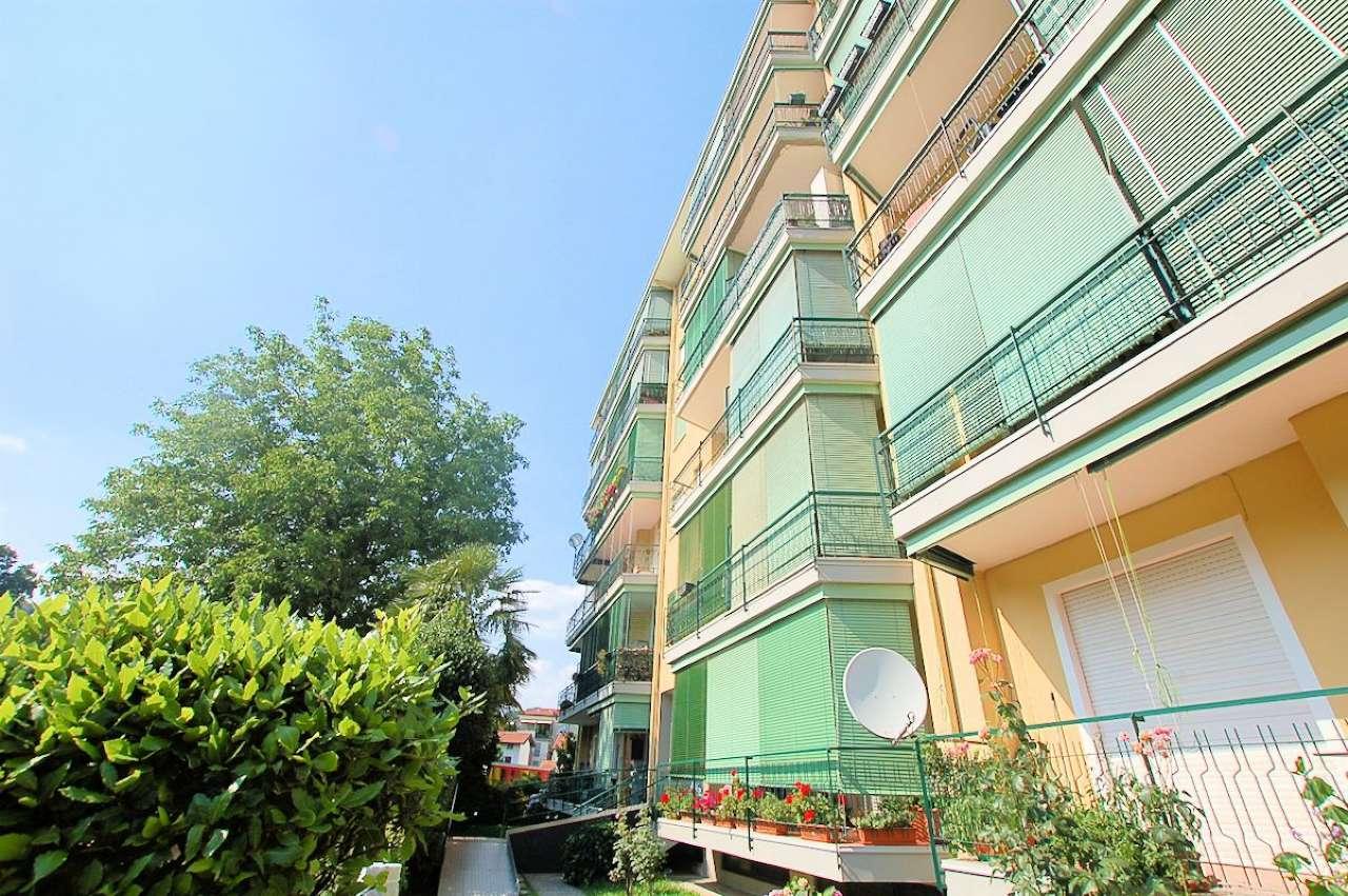 Appartamento in vendita a Arona, 3 locali, prezzo € 125.000   CambioCasa.it