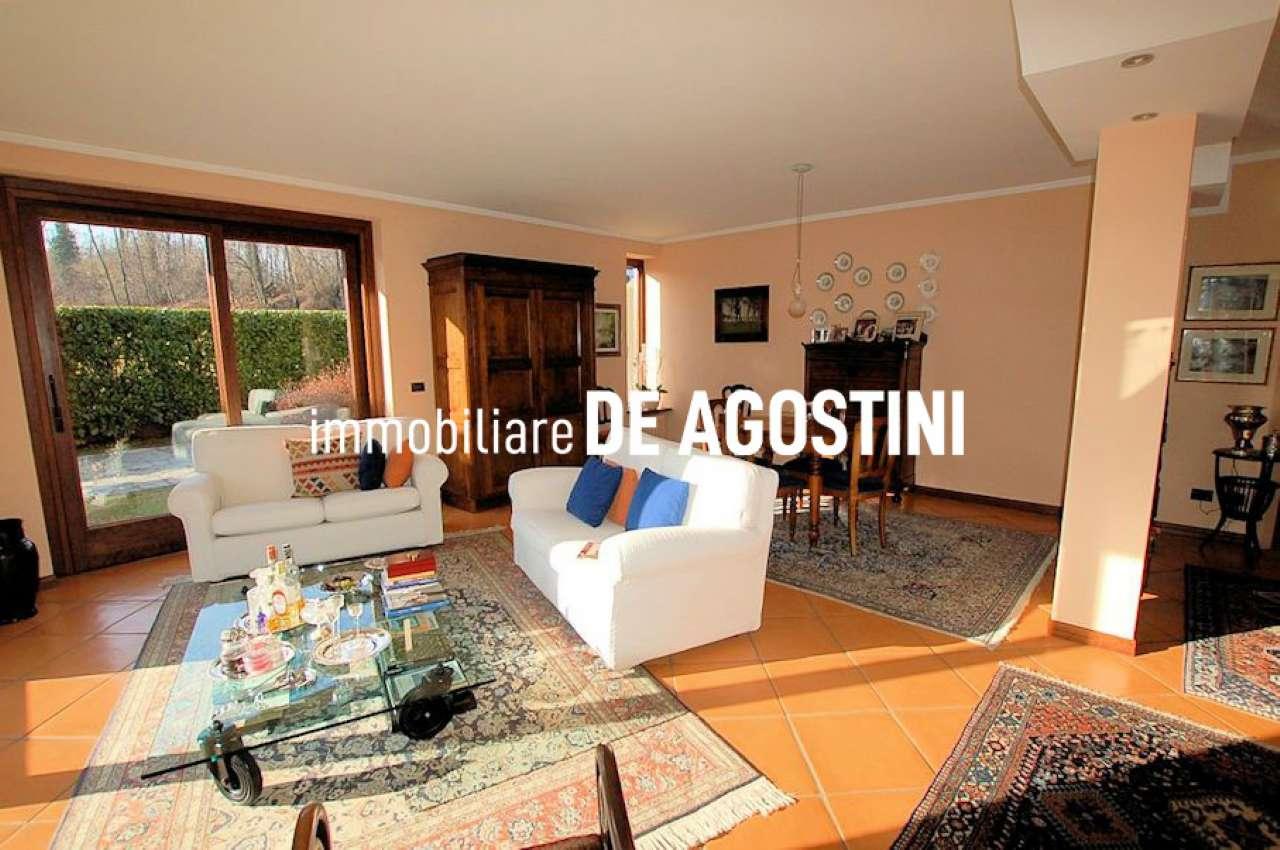 Appartamento in vendita a Castelletto Sopra Ticino, 9 locali, prezzo € 280.000 | PortaleAgenzieImmobiliari.it