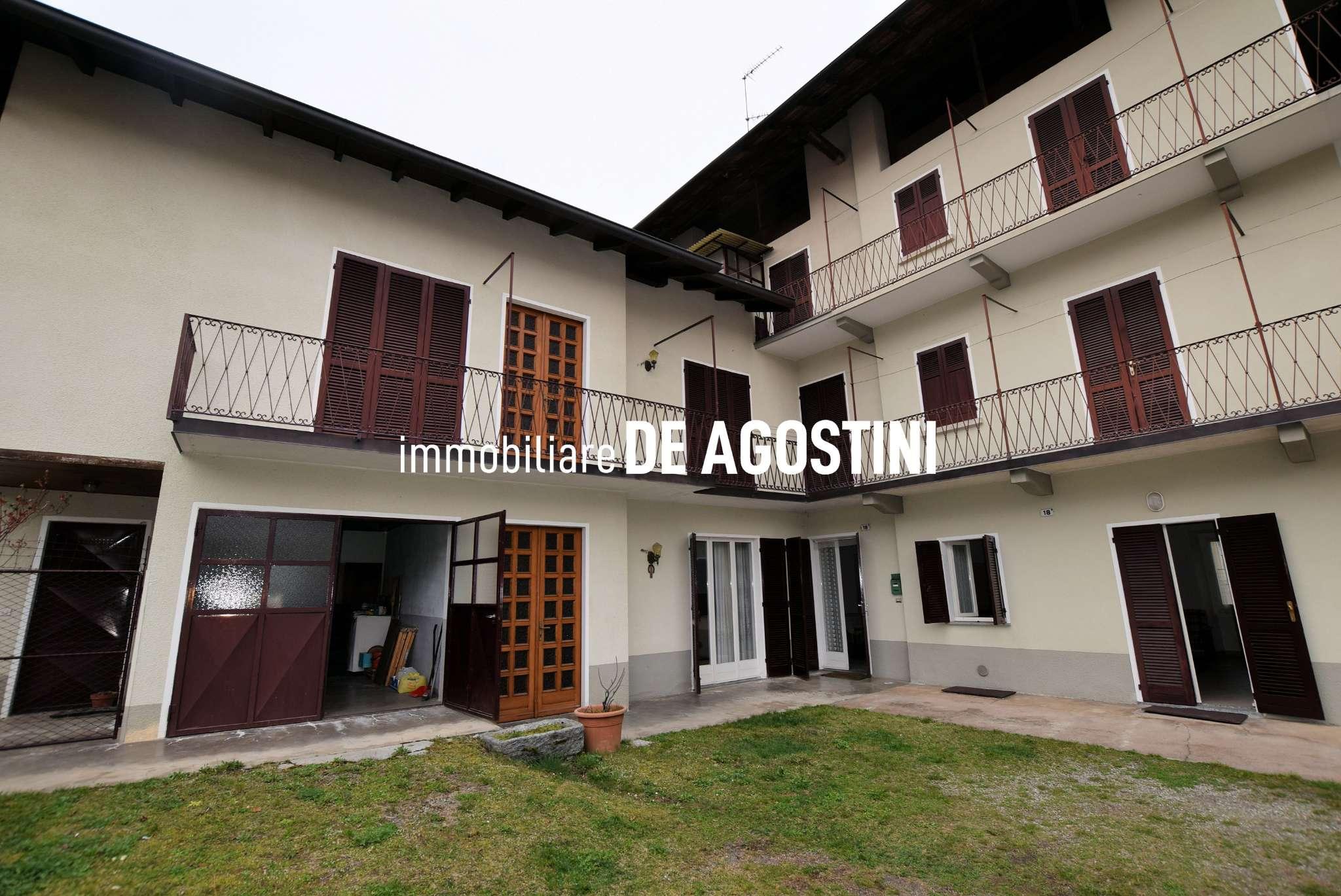 Rustico / Casale in vendita a Invorio, 10 locali, prezzo € 220.000   PortaleAgenzieImmobiliari.it