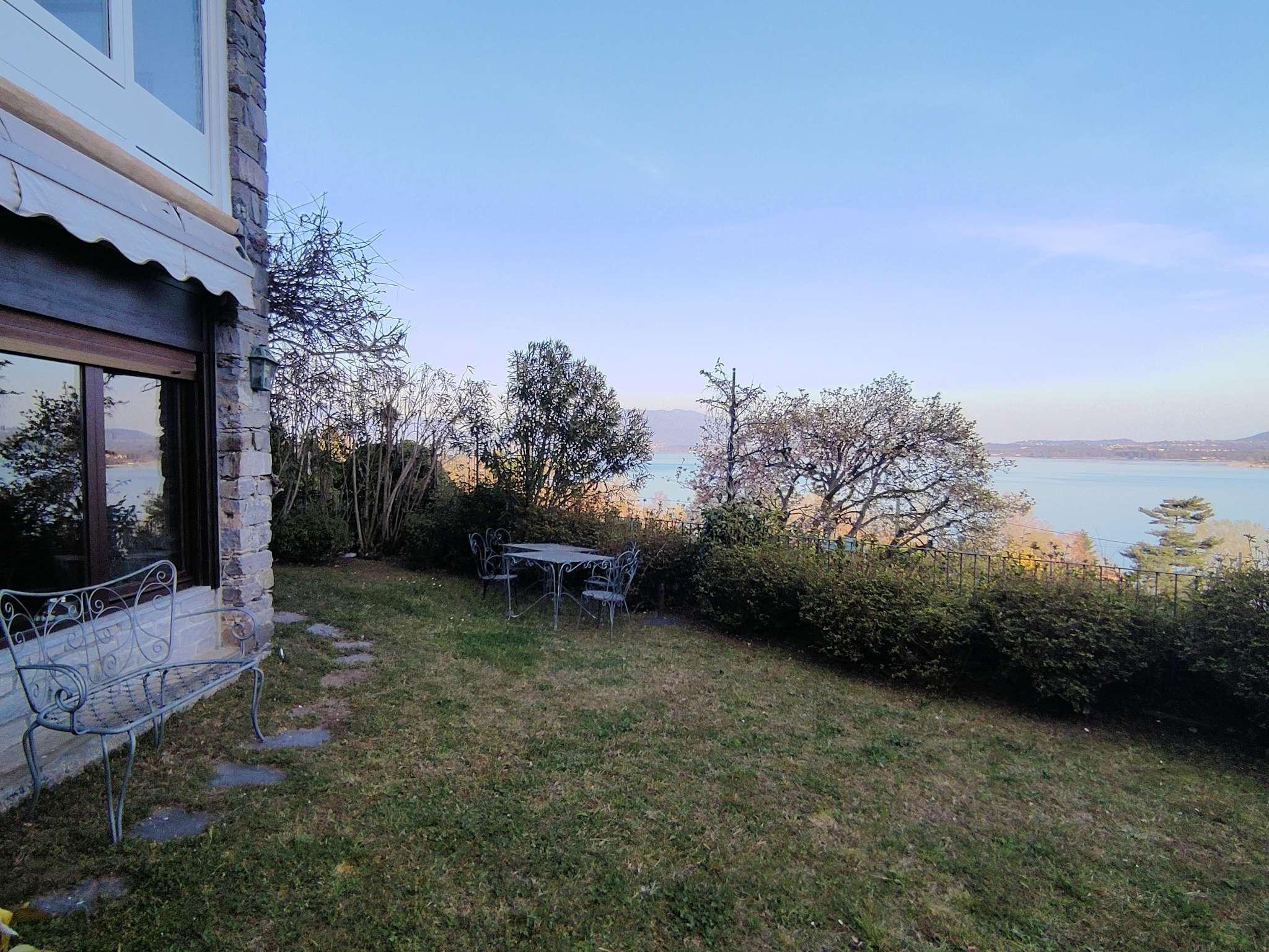 Appartamento in vendita a Lesa, 2 locali, prezzo € 150.000 | PortaleAgenzieImmobiliari.it