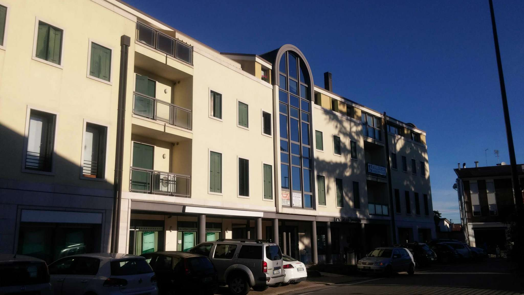 Appartamento in buone condizioni in vendita Rif. 7946024