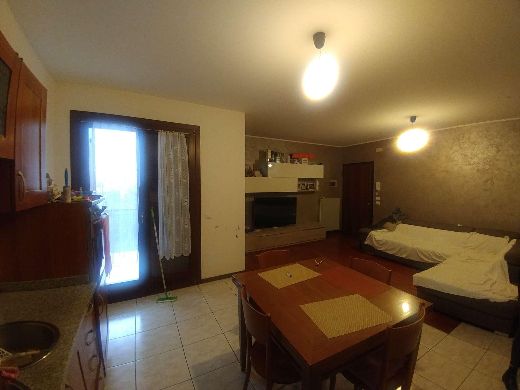Appartamento in vendita a Quinto di Treviso, 5 locali, prezzo € 110.000 | CambioCasa.it